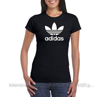 Женская хлопковая футболка Адидас (Adidas) с брендовым логотипом, реплика