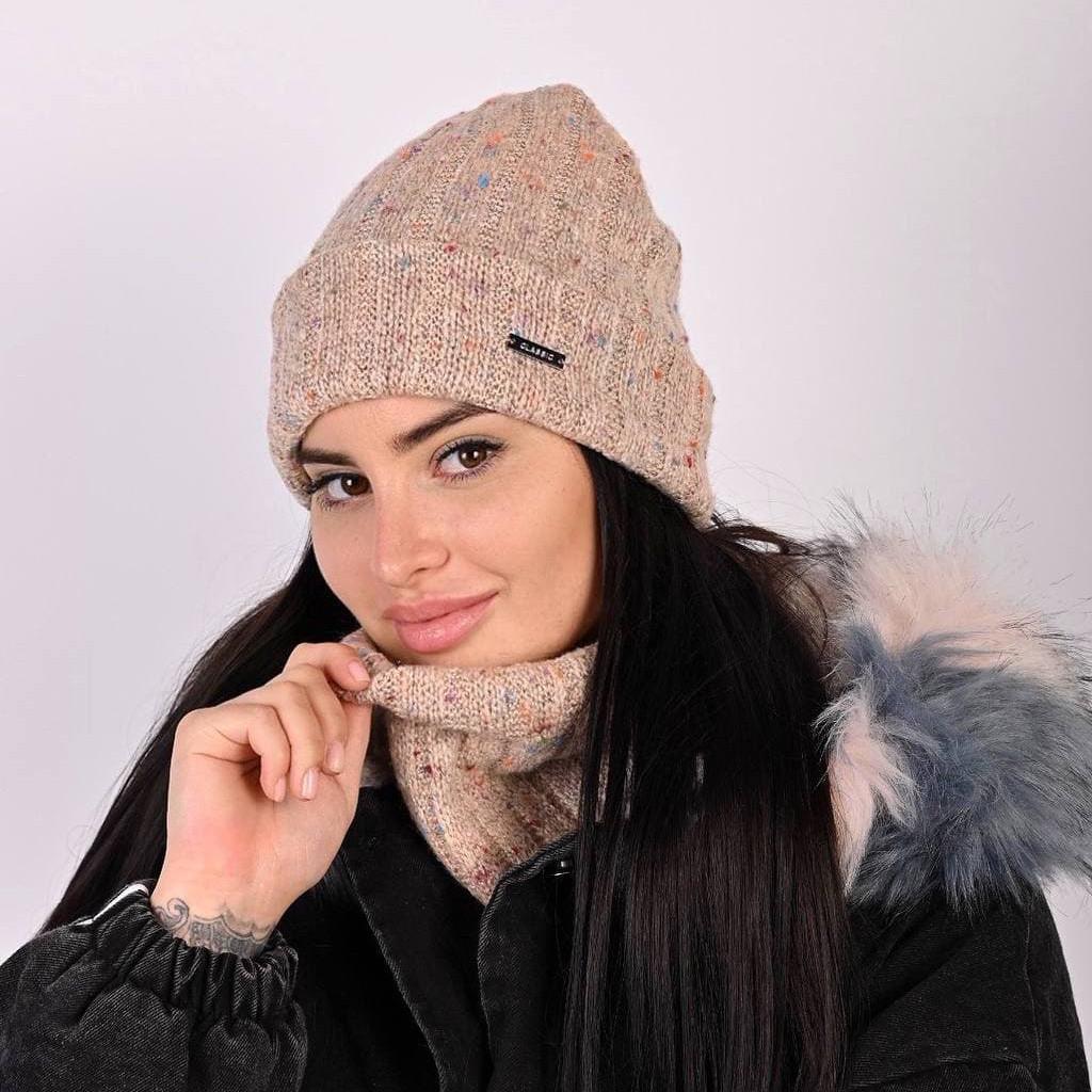 Жіноча зимня світло-рожева шапка + хамут