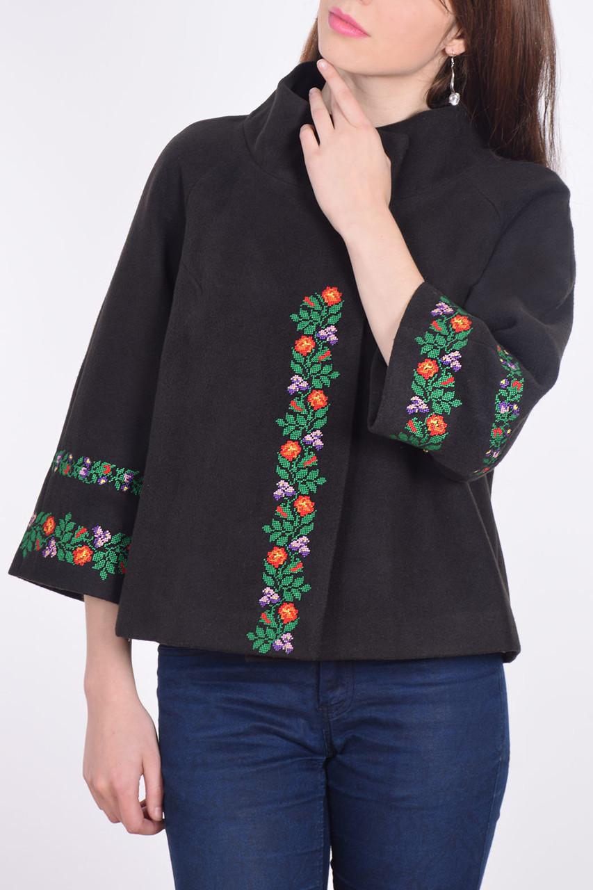 b3d44da2879 Полу-пальто женское с вышивкой