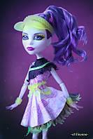 Лялька монстер хай Спектру Спортивні монстри Spectra Vondergeist Ghoul Sports