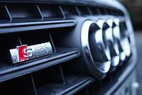 Эмблема (шильдик) Audi S-Line (в решетку