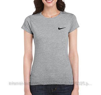 Жіноча бавовняна футболка Найк (Nike) з брендовим логотипом, репліка