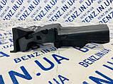 Защита замка передней левой двери Mercedes W204, S204 A2047231508, фото 3
