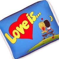 "Подушка ""Love is"" маленькая голубая, фото 1"