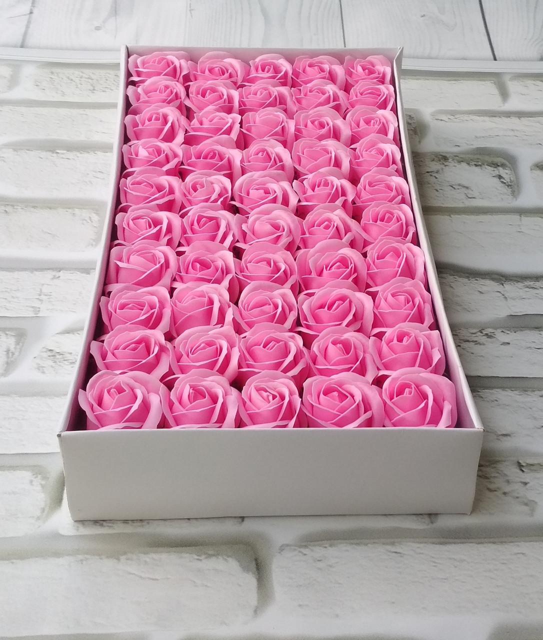 Роза рожева