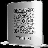 Настінна металева Instagram візитка з QR-кодом для офісу сріблястого кольору на липкій основі 300х300мм, фото 4