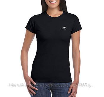 Женская хлопковая футболка Нью Беланс (New Balance) с брендовым логотипом, реплика