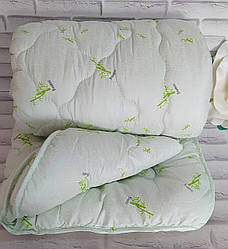 Одеяло бамбук - алое евро размер наполнение - холлофайбер, ткань - микрофибра О-904