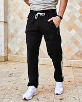 Чоловічі спортивні штани з кишенями вгорі на гумці і шнурку внизу прямі чорний