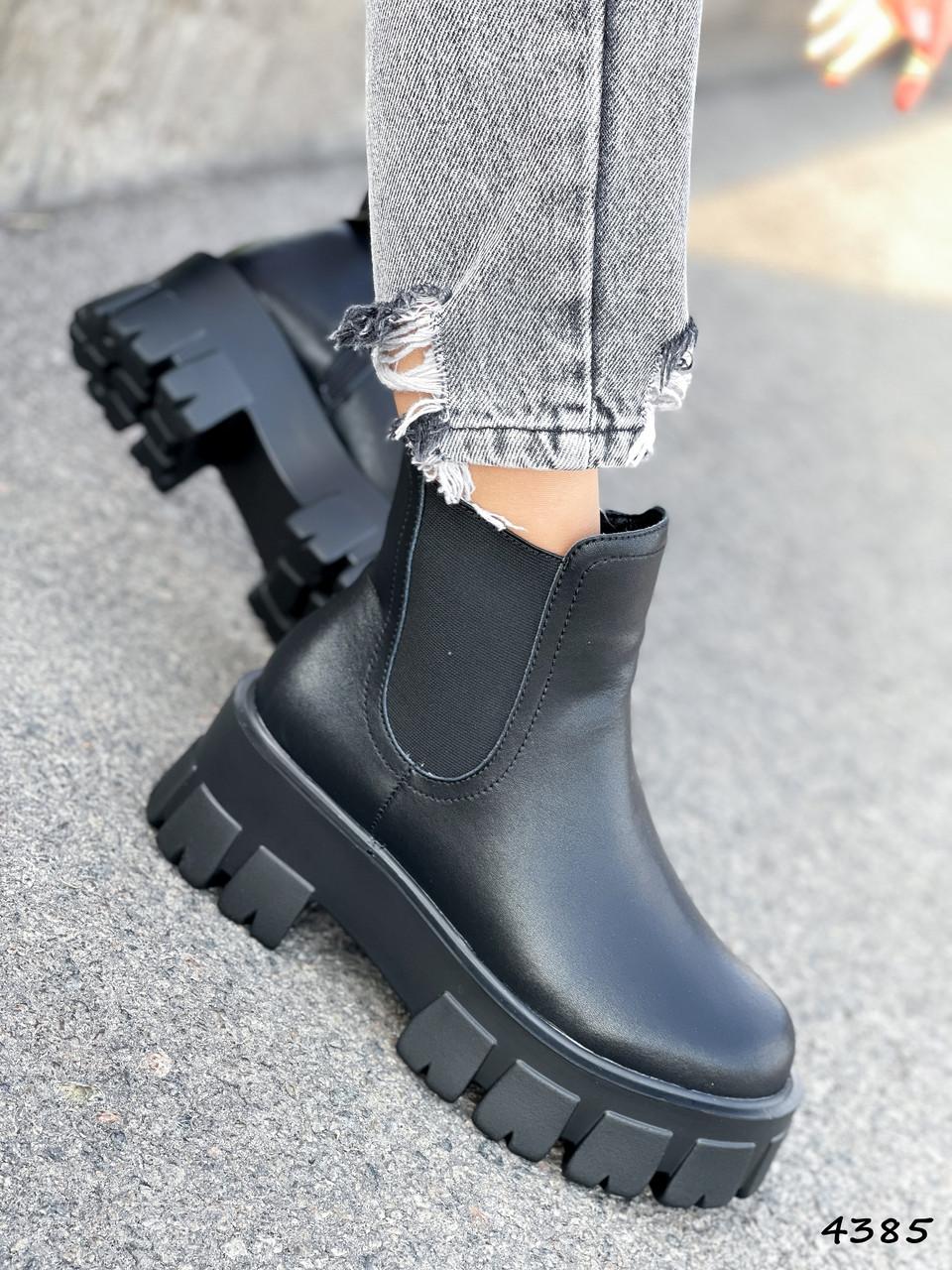 Ботинки женские Caroll черные 4385 ДЕМИ