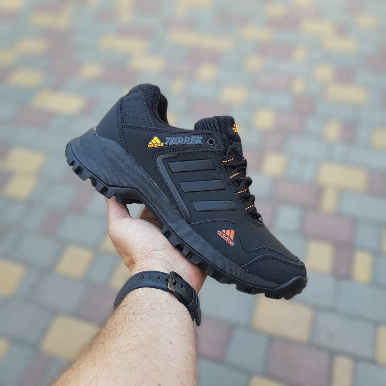 Чоловічі кросівки Adidas terrex (чорні з помаранчевим) О3516 еврозима водовідштовхувальні