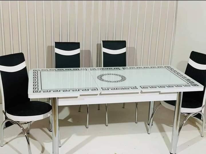 Обеденный комплект 6 стульев и стол  70х110 см Белый с черными узорами