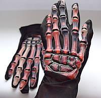 Перчатки скелета с кровью - оригинальный аксессуар для вашего образа!