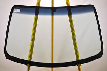 Лобовое стекло Kia Carnival / Sedona 1998-2005 Nord Glass