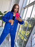 Жіночий осінній костюм двійка з брюками і сорочкою сірий бежевий синій електрик чорний 42-44 46-48 замш, фото 4