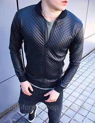 Мужская кожанка бомбер черного цвета в ромб куртка кожаная