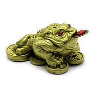 Жаба на монетах каменная крошка
