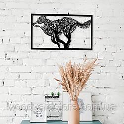 Декоративное панно из дерева. Декор на стену. Комбинированное панно Бег Вовка - Дерево