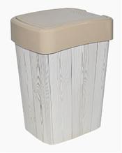 """Ведро для мусора """"Евро"""" 18л с декором, крем/дерево темное"""