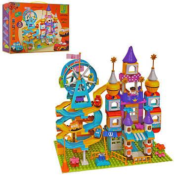 Игровой конструктор для детей гараж с замком и транспортом Большой блочный конструктор для мальчика от 3-х лет