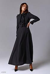 Чорне плаття максі з воланами