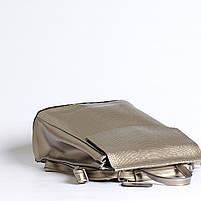 Жіночий сріблястий рюкзак-сумка з натуральної шкіри під зміїну шкіру з клапаном Tiding Bag - 98790, фото 6