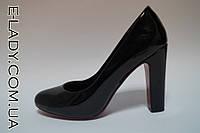 Лаковые черные туфли на устойчивом каблуке, фото 1