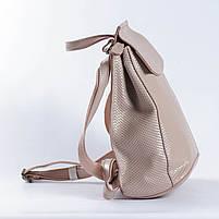 """Жіночий рожевий (пудровий) рюкзак-сумка з натуральної шкіри з тисненням """" під зміїну шкіру Tiding Bag - 76545, фото 3"""