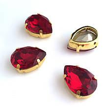 Кристаллы в оправе LUX. Капли 18х25 мм. Цвет: Красный (Classic). Цвет оправы: золото. Цена за 1 шт.