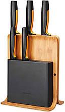 Набор кухонных ножей Fiskars Functional Form из 6 предметов (1057552 ) с бамбуковой подставкой