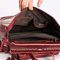 """Жіночий червоний рюкзак-сумка з натуральної шкіри з тисненням """" під зміїну шкіру Tiding Bag - 34376, фото 7"""