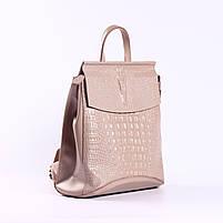 Жіночий пудровий рюкзак-сумка з натуральної шкіри з тисненням під шкіру крокодила Tiding Bag - 44343, фото 2