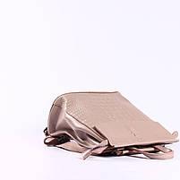 Жіночий пудровий рюкзак-сумка з натуральної шкіри з тисненням під шкіру крокодила Tiding Bag - 44343, фото 5