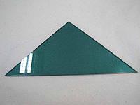 Полка треугольная из крашеного стекла толщиной 5мм 250х250мм