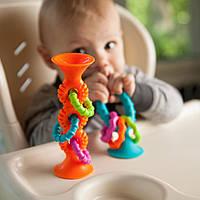 Прорізувач-брязкальце на присосках Fat Brain Toys pipSquigz Loops помаранчевий (F165ML), фото 1