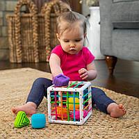Куб-сортер зі стінками-шнурочками Fat Brain Toys InnyBin (F251ML), фото 1