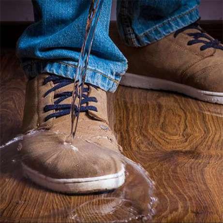 Гидрофобный спрей для обуви Aquablock
