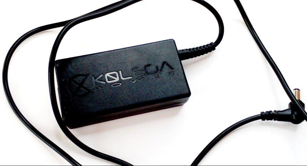 Блок питания  Kolega Power для монитора 12V 5A 60W 5.5x2.5 б.у.