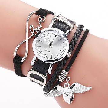 Жіночі наручні годинники з підвіскою у формі серця код 657