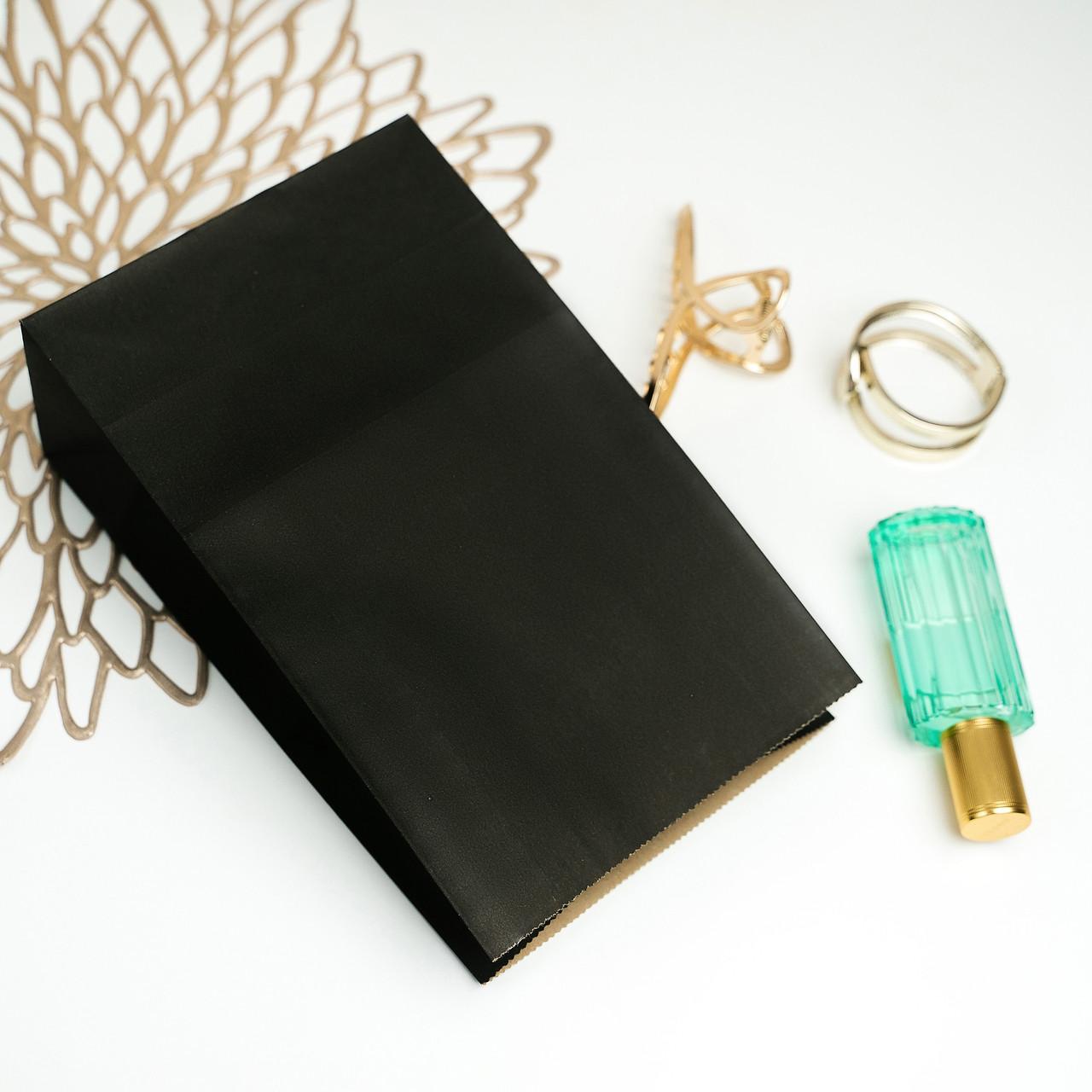 Пакет бумажный для подарков 150*90*240 мм Черный крафт пакет с дном