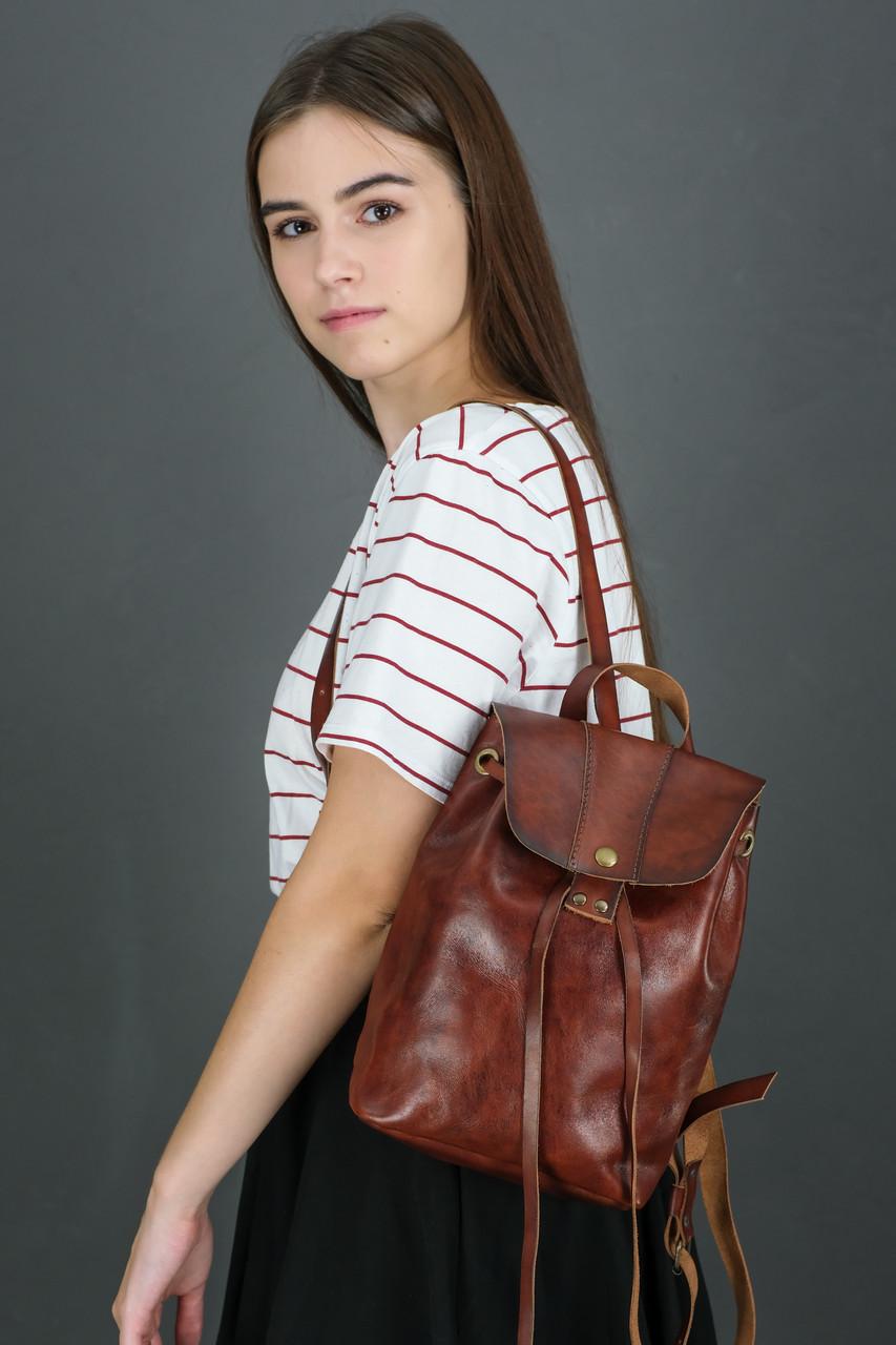 Жіночий шкіряний рюкзак Прага, натуральна шкіра італійський Краст колір коричневий, відтінок Вишня