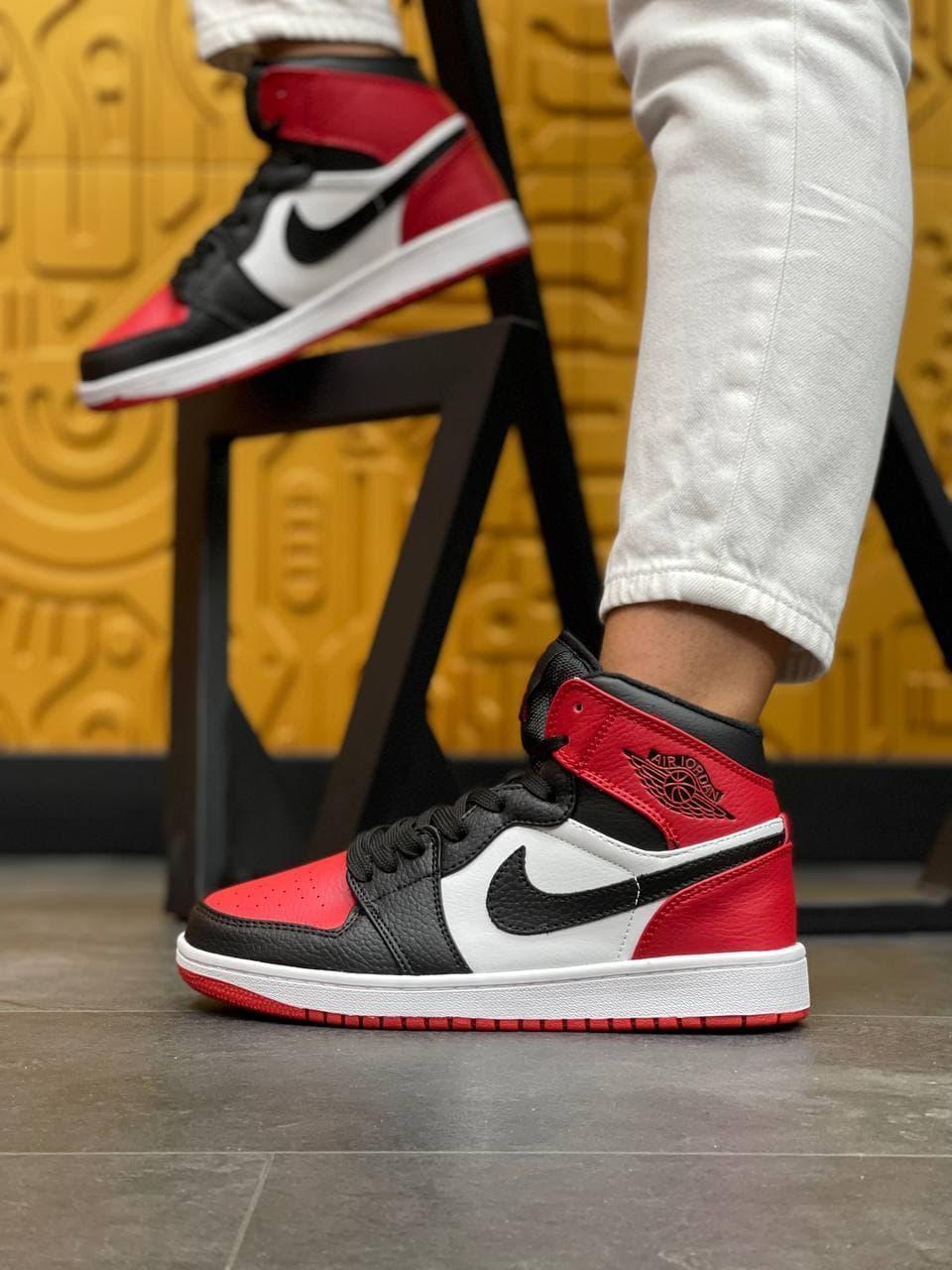 Жіночі кросівки Nike Air Jordan High S Black/Red (чорно-червоні) В1260 високі стильні демісезонні кроси