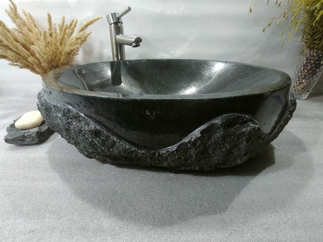 Раковина из натурального черного гранита