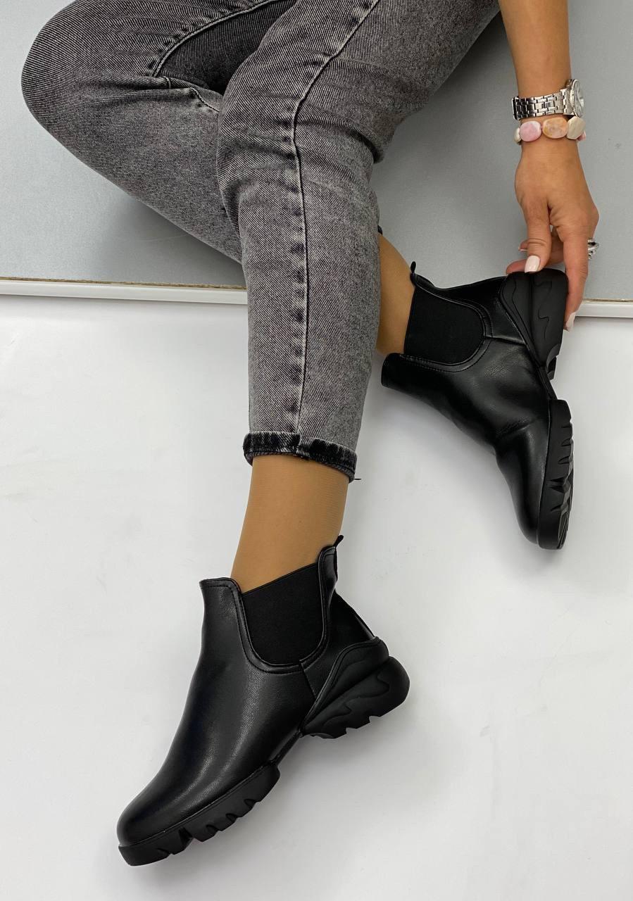 Ботинки женские Евро-Зима 6 пар в ящике черного цвета 36-40