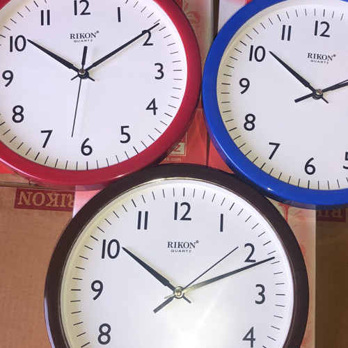 Годинник настінний круглий RIKON 1151 d22см