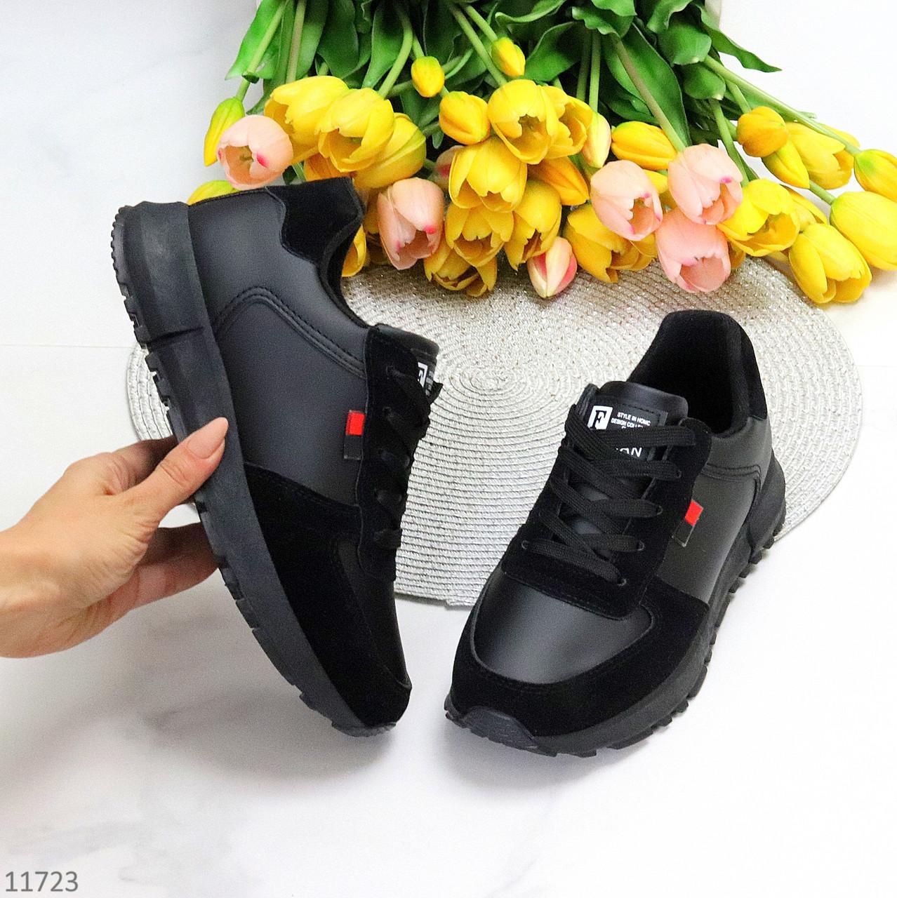 Чорні замшеві повсякденні зимові жіночі кросівки на хутрі шнурівка