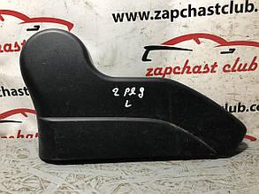 Пластик заднього сидіння ліва (уцінка) MN166795XA 9916178 Mitsubishi Grandis