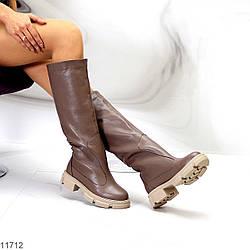 Бежевые тауп кожаные женские сапоги труби из натуральной кожи флотар на флисе