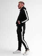 Зимний мужской спортивный костюм на флисе с белыми лампасами / Черный