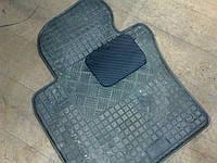 Ремонт резинового коврика методом установки заплаты